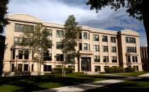 怀俄明大学的90%以上的学生对他们的大学教育感到满意