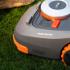 从智能吸尘器到智能割草机科技慢慢接管你的生活